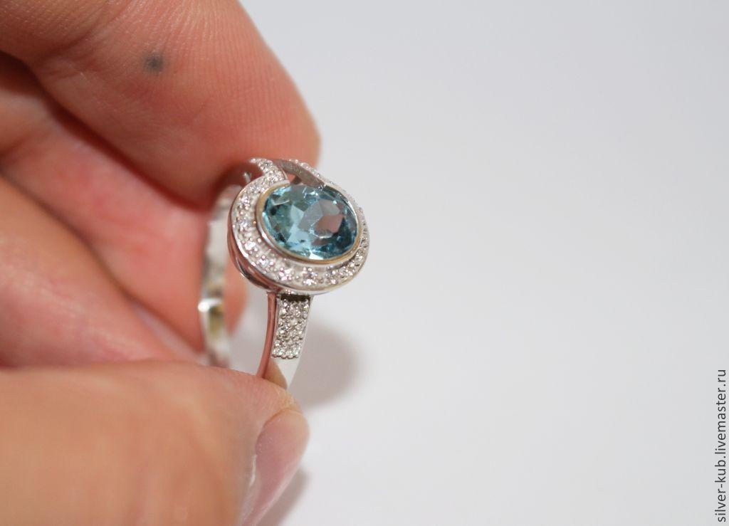 Способы чистки серебряного кольца отличаются.