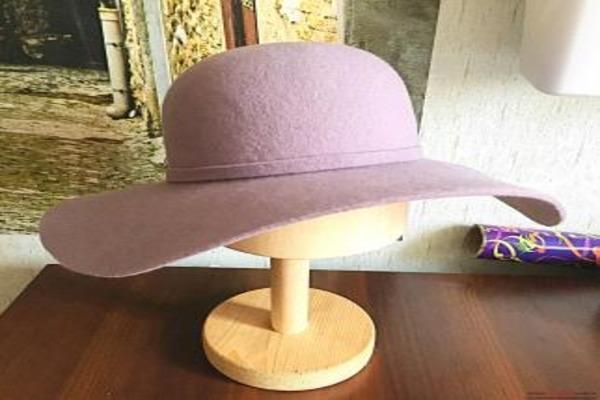 Чтобы шляпа не деформировалась